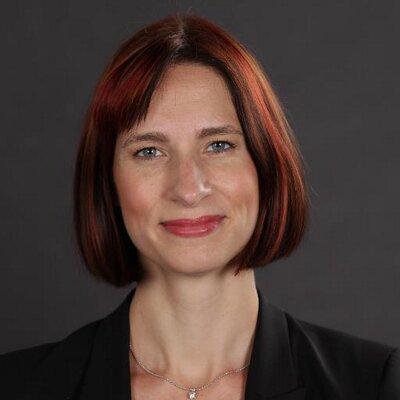 Angela McKay Headshot