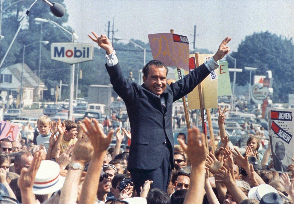 Nixon Campaigns in 1968